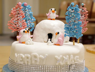 Cake Decorating Club produce magnificent Christmas Cakes once more