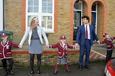 1500 children lined a route across Weybridge' to mark school's 150 anniversary